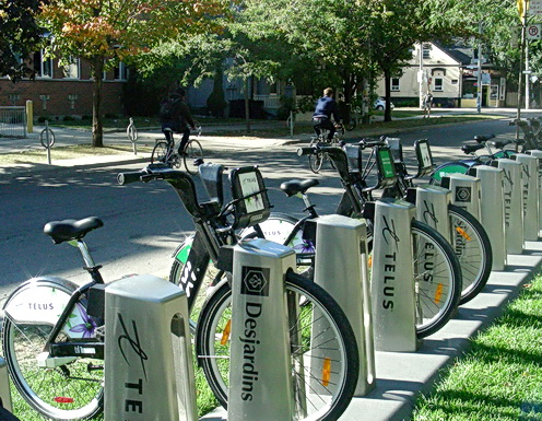 Bici -Public bike share. Downtown University of Toronto campus area. Huron and Harbord Streets. Photo by J.Chong 2011